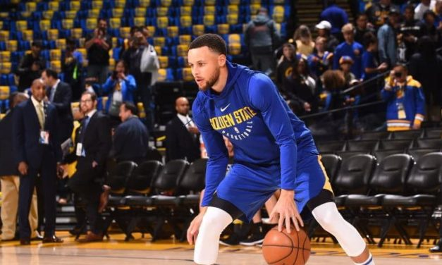 Stephen Curry is back on the court tonight